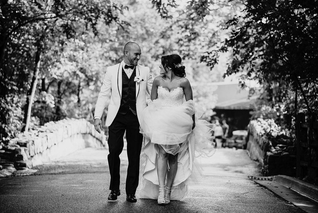 Michigan wedding photographers   Detroit Zoo Wedding   www.CapturedCouture.com   Captured Couture, LLC